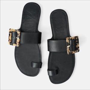 NWT Zara Flat Leather Sandal With Tortoiseshell